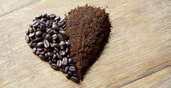 The truth of coffee grounds in the garden savvy urbanite farmer Coffee grounds for garden